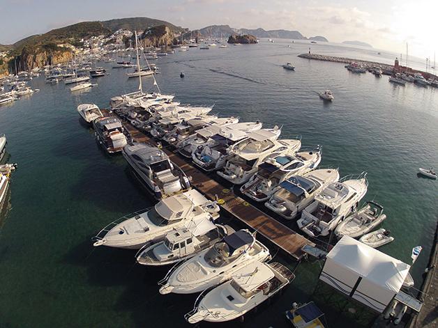 Coop. Ponza Mare - Il Pontile a Ponza - noleggio barche e motorini